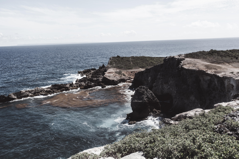 Guadeloupe-Pointe-des-chateaux-point-de-vue