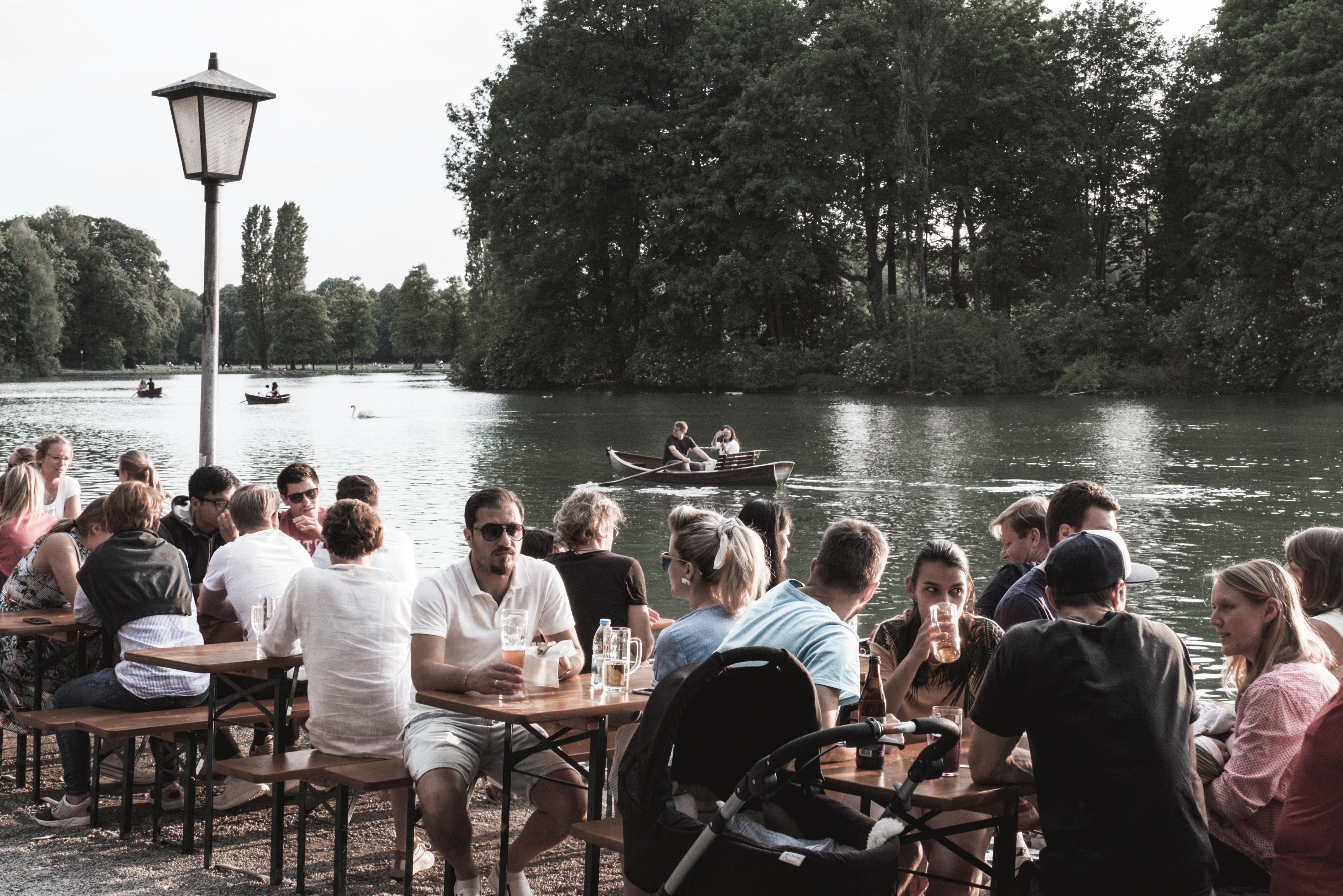 Munich-Biergarten-Seehaus-lemonetorange-baviere-allemagne-city guide