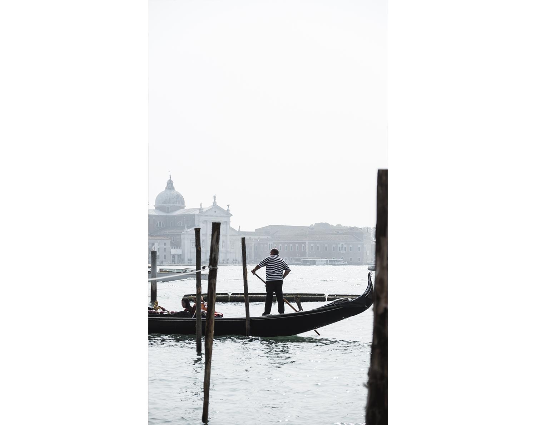 Une journee a Venise - Gondolier